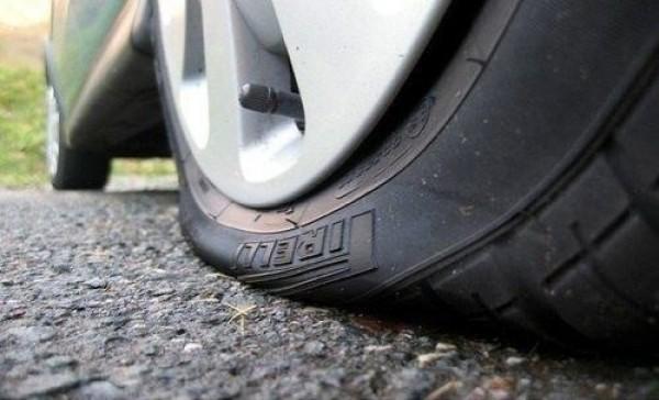 Se retrouver avec un pneu crevé