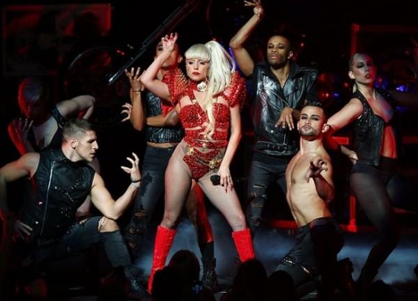 Gaga 's vintage look