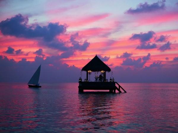 Dans ce bungalow flottant aux Maldives