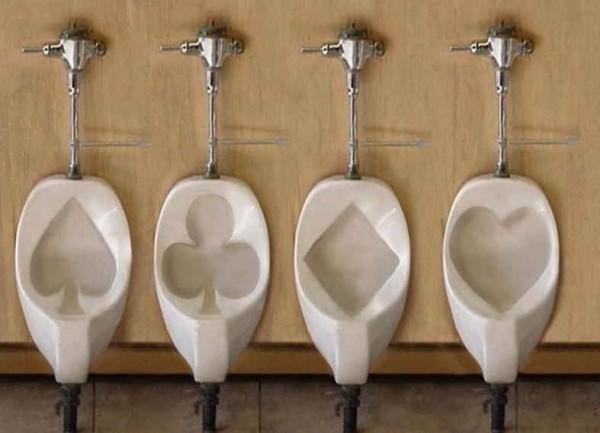 Les urinoirs pour joueurs