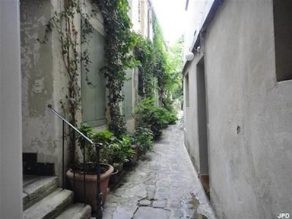 Passage dérobé  52 rue Mouffetard (5ème)