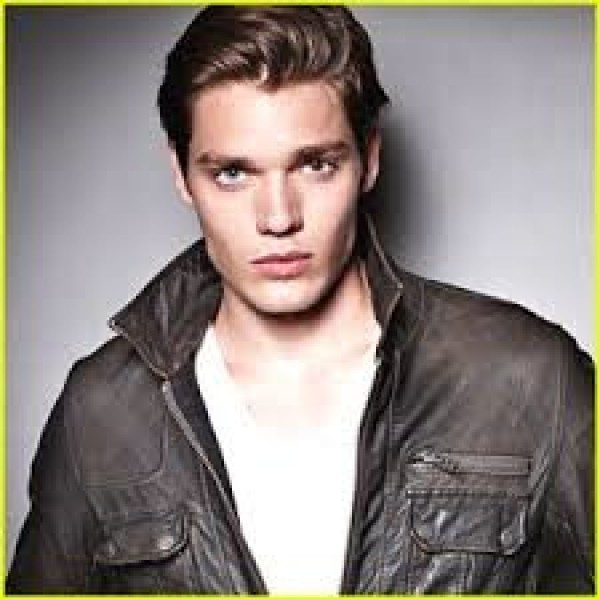 dominic sherwood