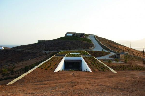 Une maison souterraine en Grèce