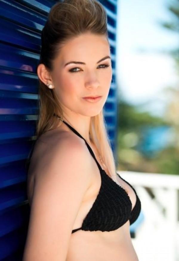 Miss Bermudes, Katherine Arnfield