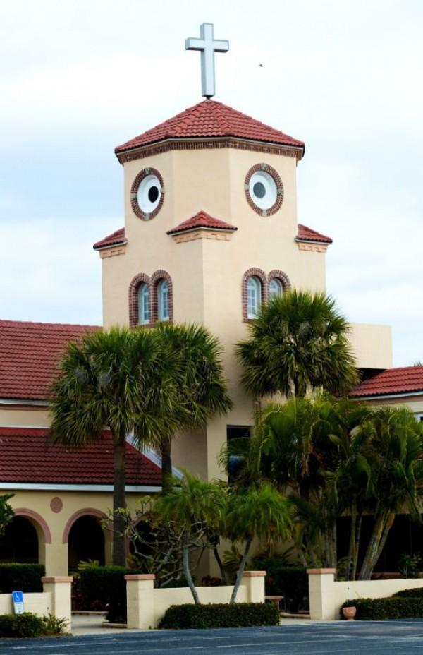 Eglise à tête de poule