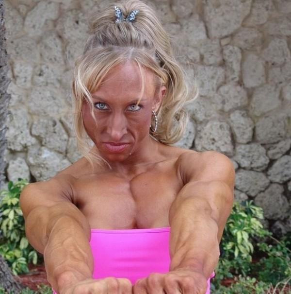 Barbie a fait trop de sport