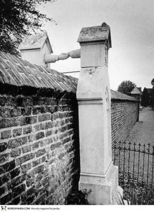 Voter pour Les tombes d'une femme catholique et de son mari protestant en Hollande