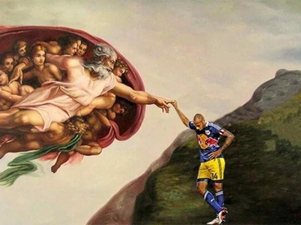Thierry Henry et la main de Dieu lui-même