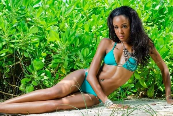 Miss Bahamas, De'Andra Bannister