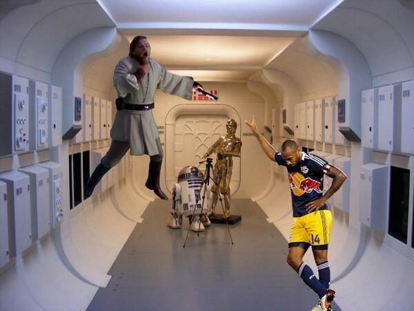 Thierry Henry se la joue Vendering