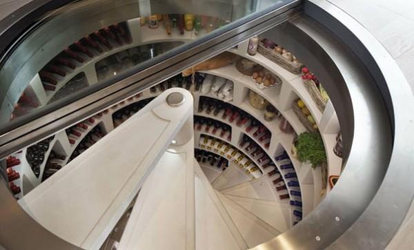 L'escalier cave à vins