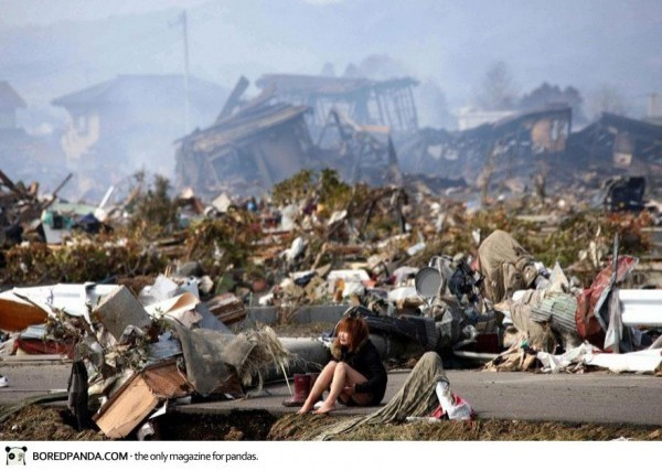 Mars 2011 apres le Tsunami à Natori, Japon