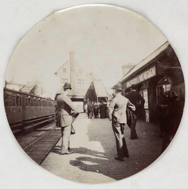 Kingsbury et la Neadens station