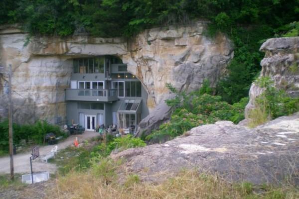Une maison dans une grotte aux USA