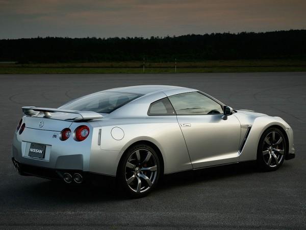 Nissan GT R2