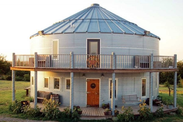 une maison dans un silo à grains en Arizona